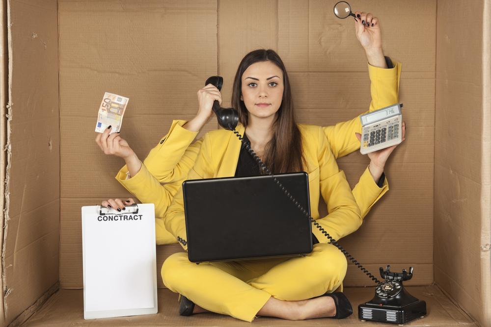 10 señales de que eres workaholic y cómo manejarlo