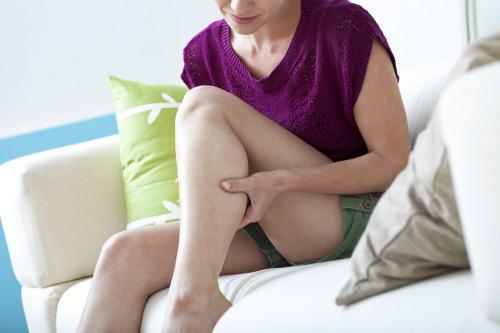 Conoce las causas de los sorpresivos calambres en piernas y pies