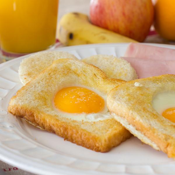 recetas en cinco minutos - huevo en canasta
