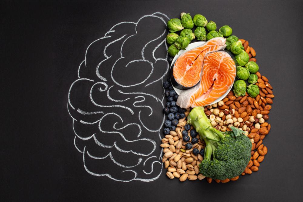 10 alimentos para mejorar la concentración y la salud cerebral en los niños