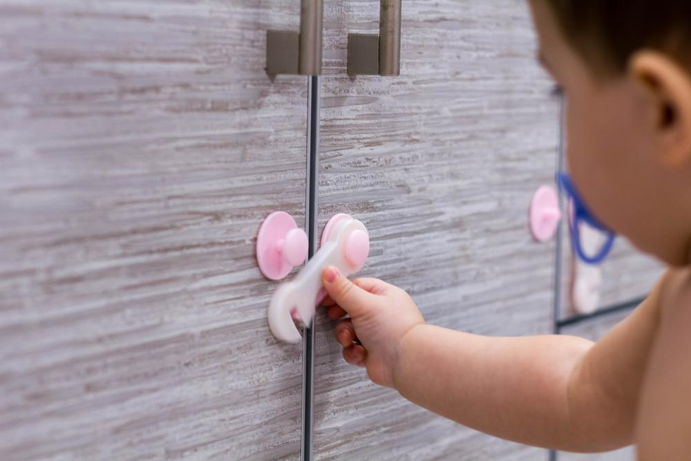 Cómo actuar en caso de envenenamiento de un niño