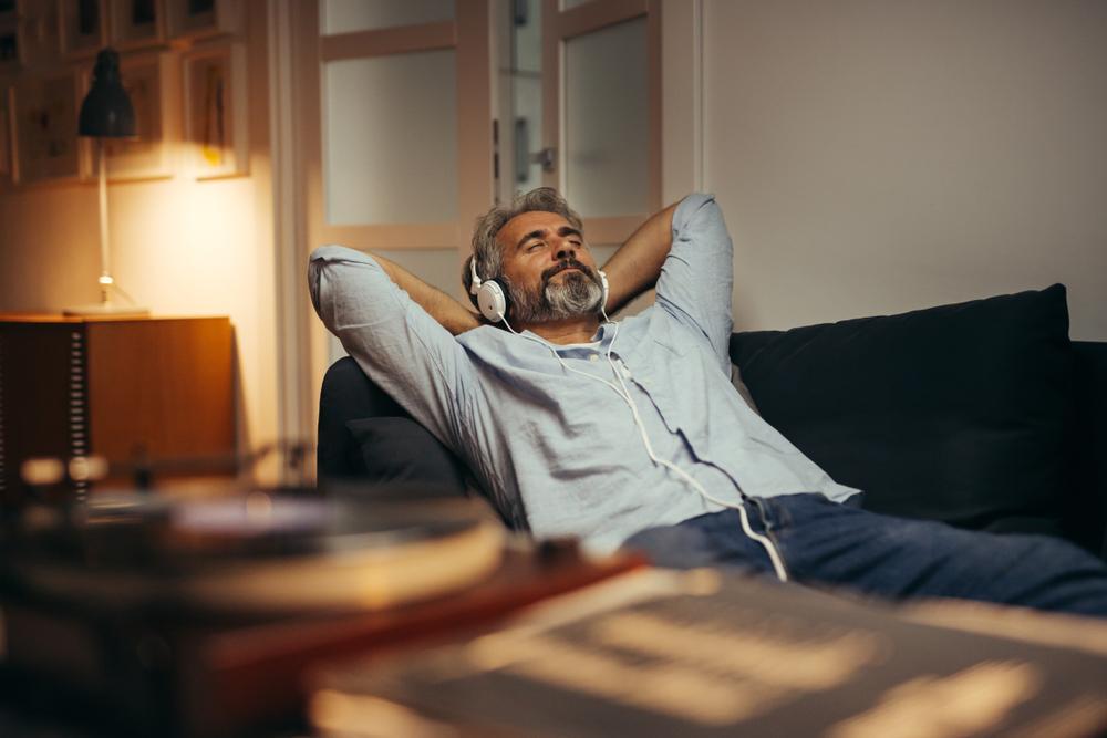 ¿Cómo aprovechar la música para aliviar el estrés?