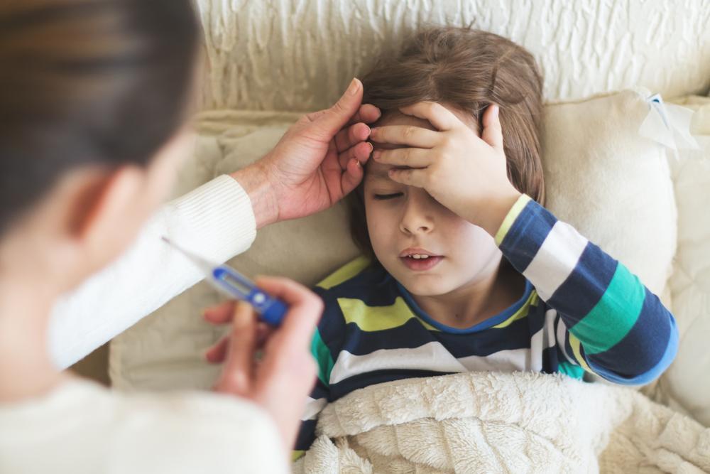 ¿Cómo prevenir la gastroenteritis en los niños este verano?
