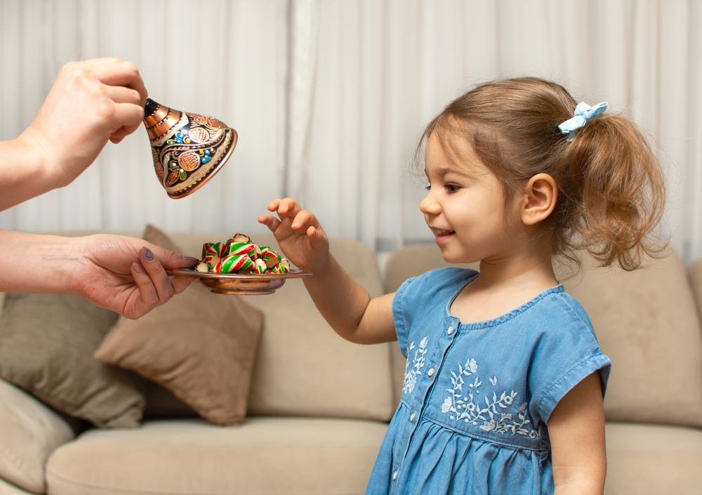 Cómo usar el refuerzo positivo para educar a mis hijos