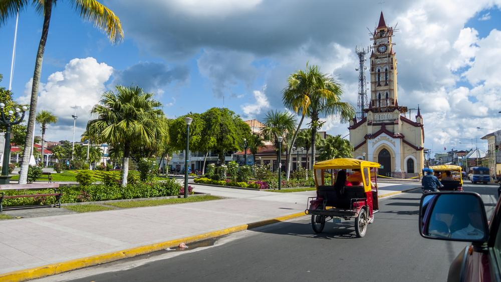 Plaza central iquitos - turismo en la selva