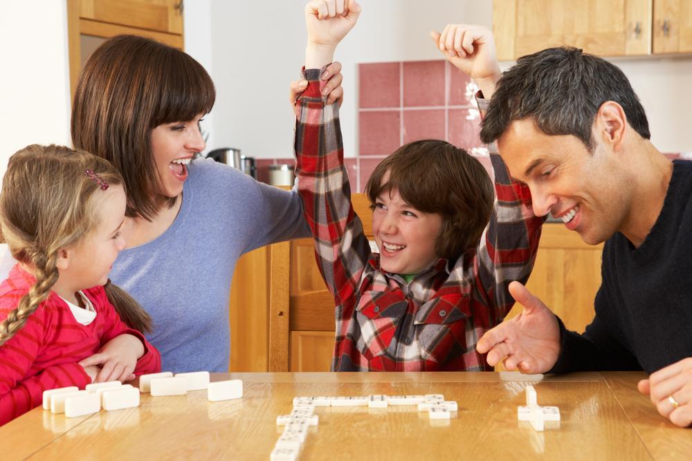 juegos caseros para pasar tiempo de calidad en familia