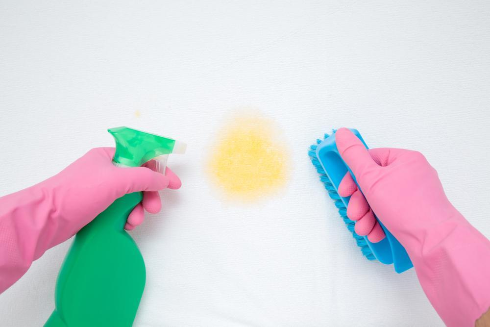 5 remedios caseros para limpiar tu colchón