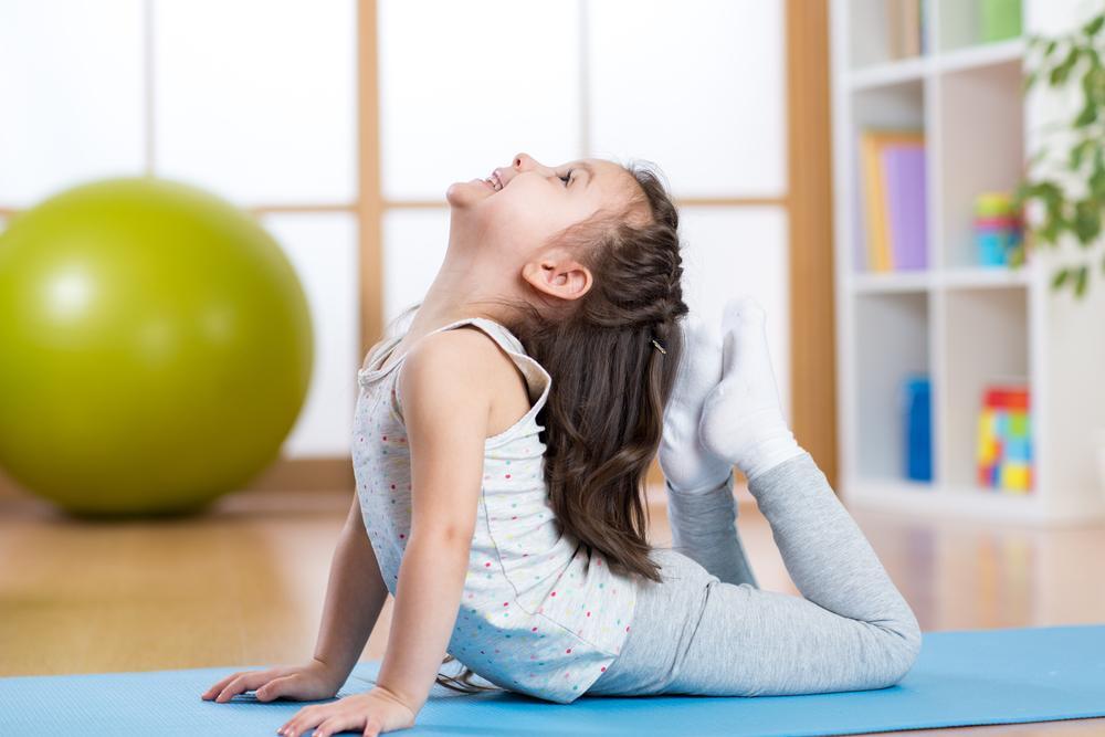 ¿Sabes qué es el síndrome de hiperlaxitud articular? Te contamos sobre sus síntomas y cómo puede afectar a los niños