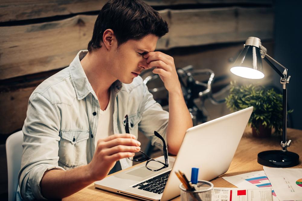 7 consejos para cuidar tus ojos si trabajas desde casa