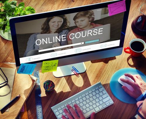 Cuarentena: 8 cursos gratis de marketing digital para content y community managers