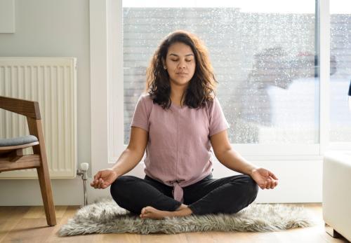 5 ejercicios que puedes hacer en casa para calmar la ansiedad