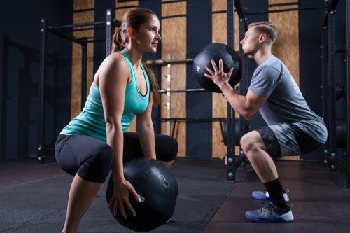 Entrenamiento Funcional: Las 5 rutinas más efectivas para bajar de peso en casa