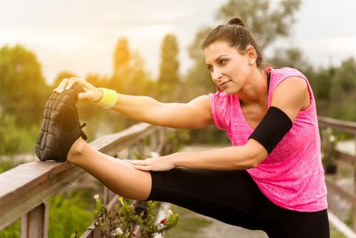 ¿Es mejor hacer ejercicio en la mañana o en la noche?: Pros y contras