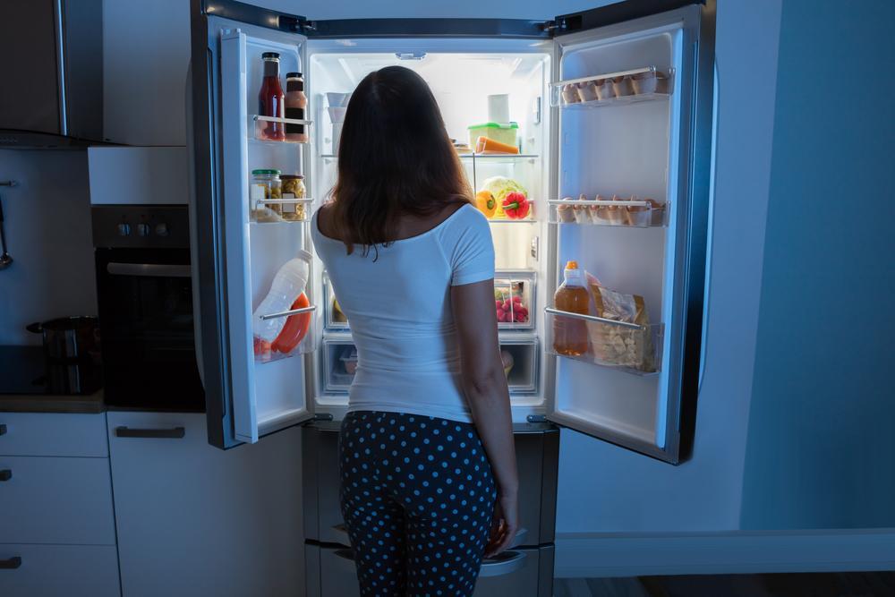 Cuarentena: por qué tengo hambre a todas horas y cómo controlarlo