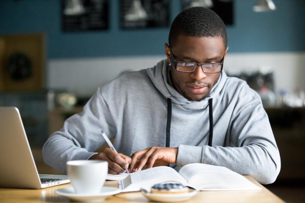 Para ti que trabajas y estudias a la vez, descubre 5 formas de ser más productivo