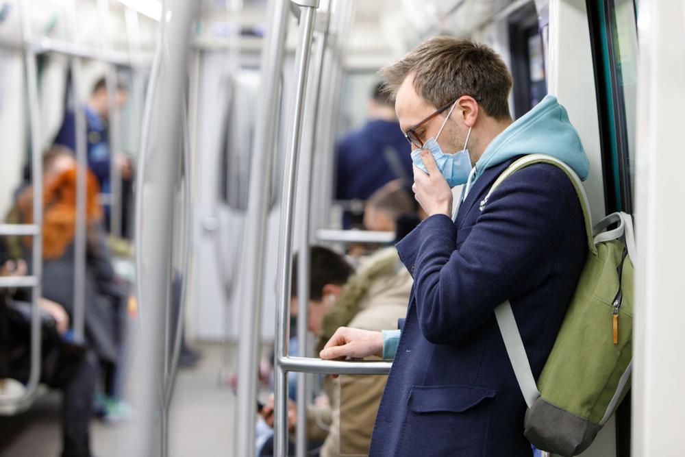 OMS por Coronavirus: Las mascarillas son para los enfermos