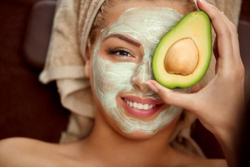 3 mascarillas con productos naturales para atenuar arrugas