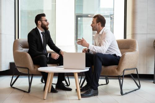 Qué es un mentor y por qué puede ayudar a crecer tu emprendimiento