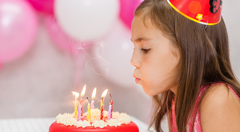 ¡No soples las velas en tu cumpleaños! Te contamos por qué
