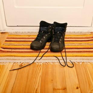 Lo dice la ciencia... ¡quítate los zapatos al entrar a casa!