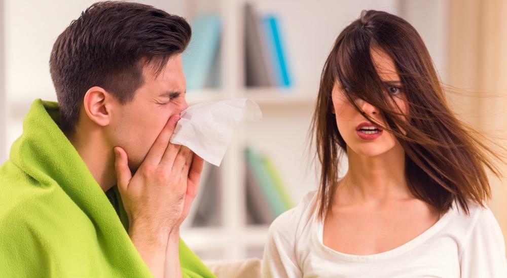 ¿Los hombres se sienten peor que las mujeres cuando se enferman?