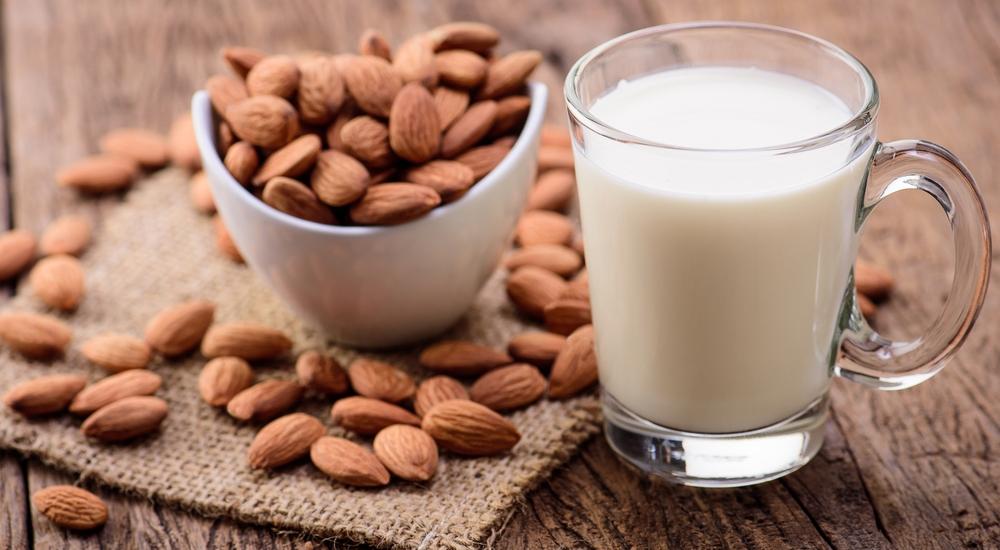 Tienes que enterarte de los beneficios que estas leches vegetales aportan a tu cuerpo