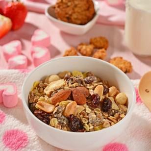 Una lista de snacks saludables que puedes llevar siempre contigo