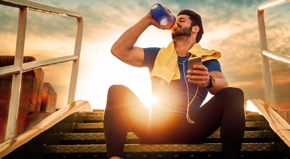 No creas todo lo que te han contado sobre una buena hidratación