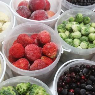 Frutas y verduras congeladas vs. frescas