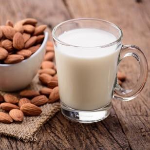 Mira lo que le aporta la leche vegetal a tu cuerpo