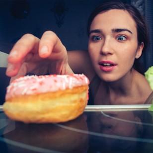 Sigue estos simples pasos para evitar comer de más