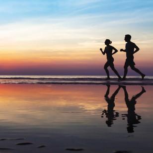 ¿Meditar mientras corres? Te enseñamos cómo hacerlo
