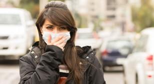 La contaminación ambiental también le hace daño a tu corazón: te explicamos por qué