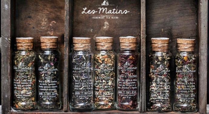 Les Matins, aromas de tierras lejanas