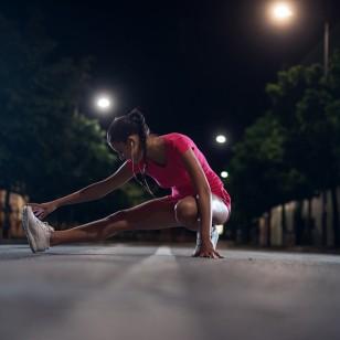 ¿En la mañana o en la noche? Descubre el mejor momento para hacer ejercicio