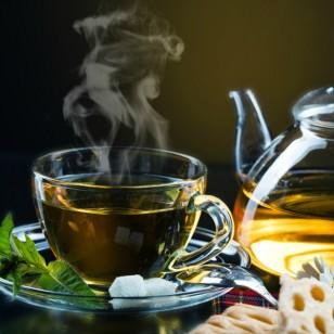 ¿Es cierto que tomar té verde ayuda a bajar de peso?