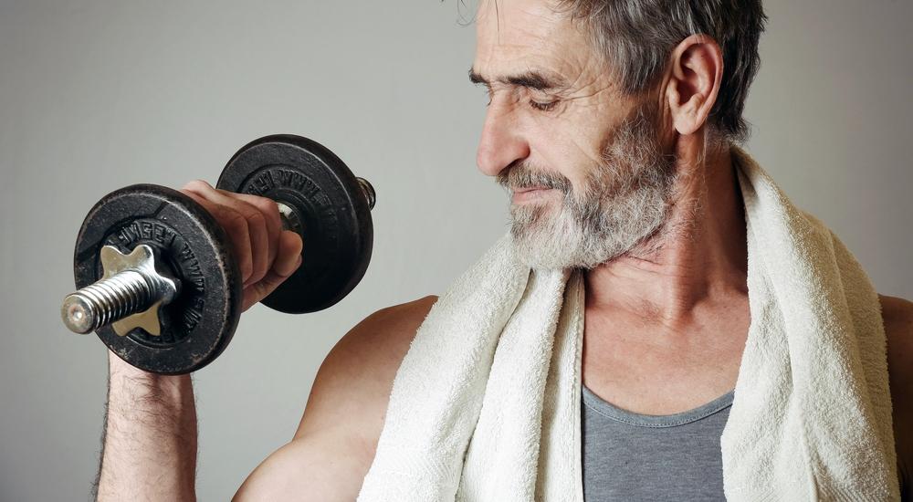 ¿Se puede ganar masa muscular a partir de los 60? Te lo explicamos