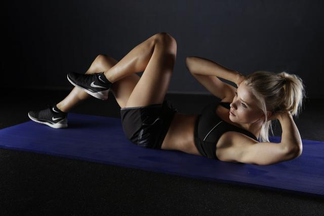 15 Ejercicios para glúteos y piernas que se notarán en una semana