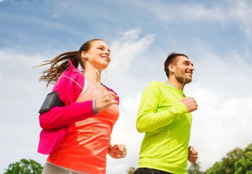 Top 5: Las mejores aplicaciones para correr y motivarte